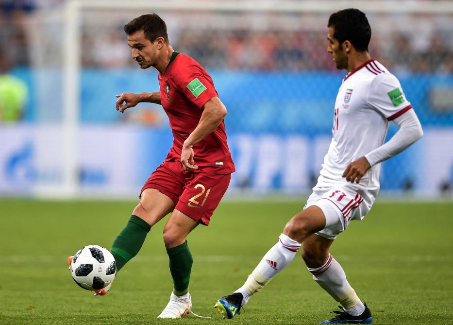 阿森纳官方宣布葡萄牙国脚右后卫租借半年